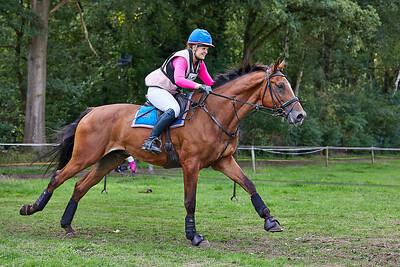 Sandra van der Linde (NED)