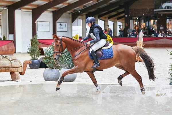 B Horses Indoor Kronenberg 2018