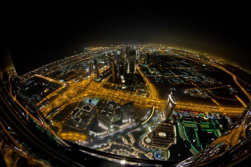 Birds-eye night view to Dubai