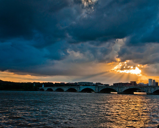 Sunset over the Arlington Memorial Bridge on the Potomac River, seen from Washington, DC