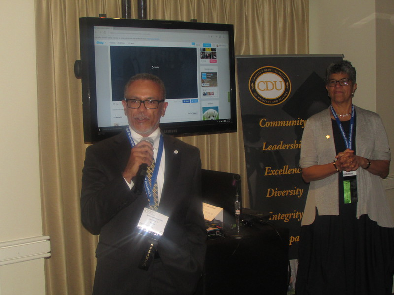 Dr. Carlisle and Dean Prothrow-Stith address attendees at the alumni reception.