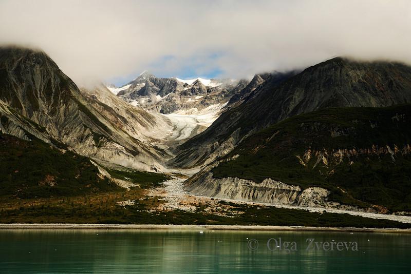 <p>Cloudy Day at Glacier Bay National Park, Alaska, USA</p>