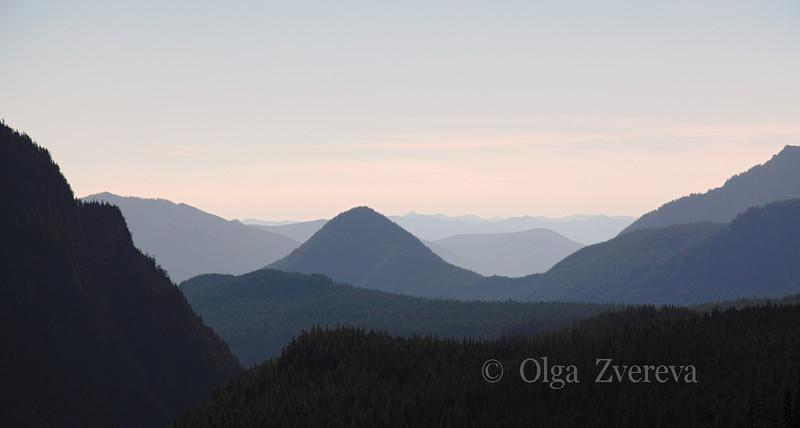 <p>Evening at Mount Rainier National Park, Washington, USA</p>