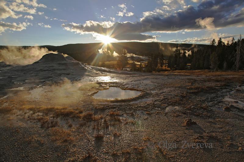 <p>Upper Geyser Basin, Yellowstone National Park, USA</p> <p>October, 2012</p>