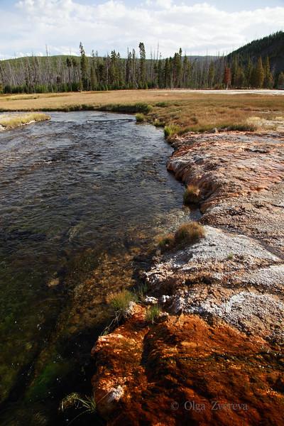 <p>Black Sand Basin, Yellowstone National Park, USA</p>