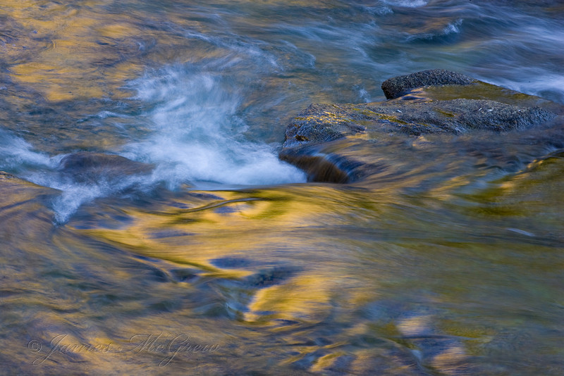 Tuolumne Morning Colors;  Glen Aulin.  Copyright © 2008 James McGrew.