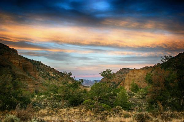 Wyoming sunset just north of Cody, Wyoming.