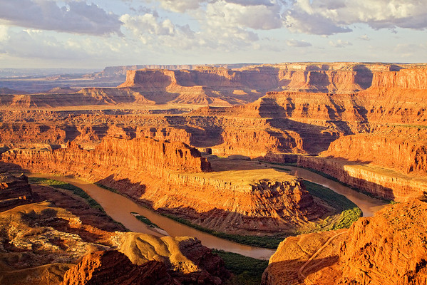 Sunrise at Dead Horse Point State Park, Utah showing Goose Neck Bend along the Colorada River. This view is looking southwest into the Island in the Sky Districk, Canyonlands National Park. (October 2008)