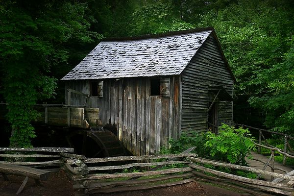 Cable Mill in Cades Cove, Great Smoky Mountains National Park, Tennessee