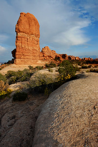 Sandstone formation next to Balanced Rock, Arches National Park, Moab, Utah, USA, North America