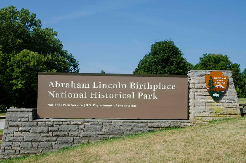 Abraham Lincoln Birthplace National Historical Park entrance