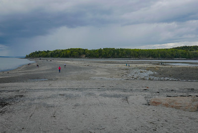 this is the sand bar at Bar Harbor, at low tide. One can easily walk or drive across, to Bar Island. This sand bar is how Bar Harbor eventually got it's name.