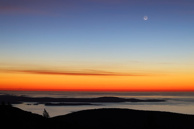 2.5 Seconds, 70mm, No Tripod, Cadillac Mountain Moonrise