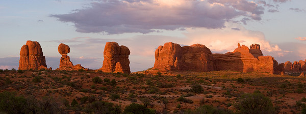 Balanced Rock Sunset, Arches National Park, Moab, Utah