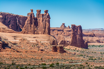 Three Gossips and Sheeps Rock_Arches-4165