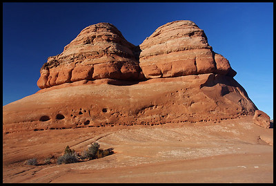 Sandstone buttes on the Delicate Arch Trail