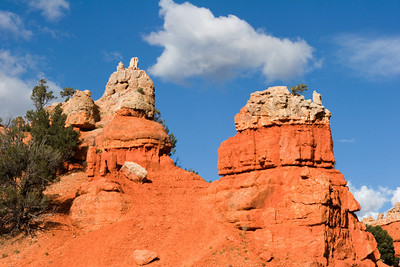 Red Canyon Hoodoos in Utah on the Road to Bryce Canyon