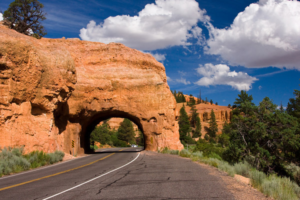 Red Canyon Arch, on the Road to Bryce Canyon, Utah