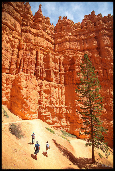 Hikers in Bryce Canyon National Park, Utah