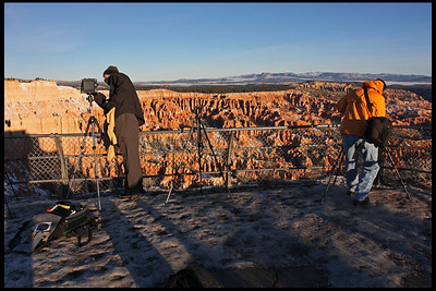 Photographers at work, Bryce Point