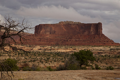 CNP-170928-0003 Buttes on top on way to Canyonlands 2