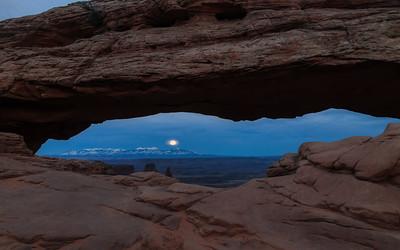 Mesa Moon