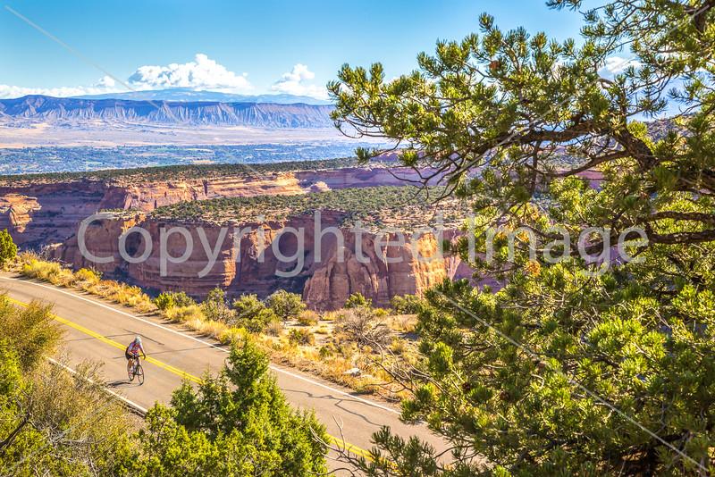 Colorado Nat'l Monument - Tour of the Moon 2016 - C3-0106 - 72 ppi