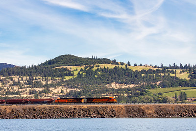 BNSF in the Gorge