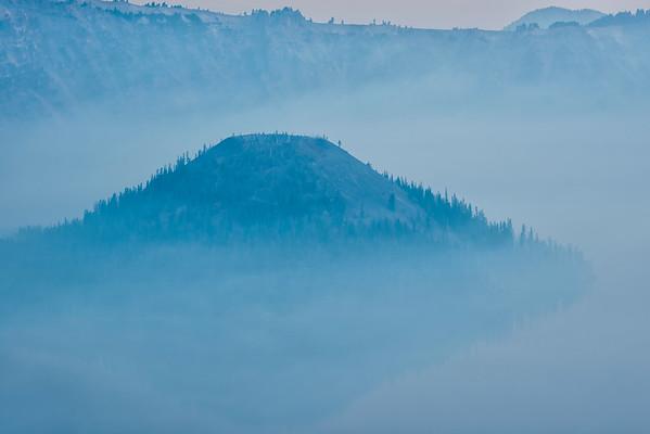 Wizard Island Smokey - Crater Lake