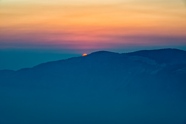 Crater Lake Smokey Sunrise - Crater Lake-2