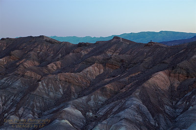 DV-180420-0009 Photographer on the Ridge at Zabriskie Point before Sunrise-3