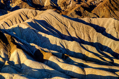 DV-180420-0023 Sun Makes nice Shadows on the Badlands Erosion-2