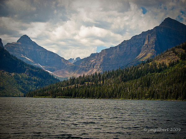 Two Medicine Lake. Sony DSC-H2; SV-1/640, AV-f/4, ISO-80, 16mm.