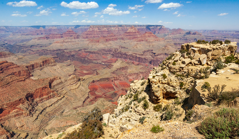 The Orange and Red Colors of Grand Canyon National Park
