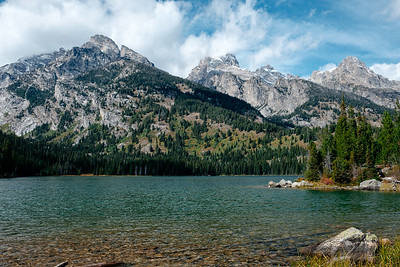 Taggart Lake Loop, Grand Teton National Park, Wyoming on September 24, 2019 by Michael Mroczek. Photographed with a Fujifilm X-Pro2 and XF18-55mmF2.8-4 R LM OIS lens at 23.3 mm | ƒ / 7.1 | 1/320 sec.