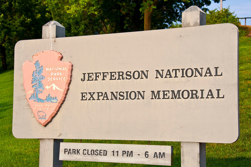 Entering Jefferson National Expansion Memorial