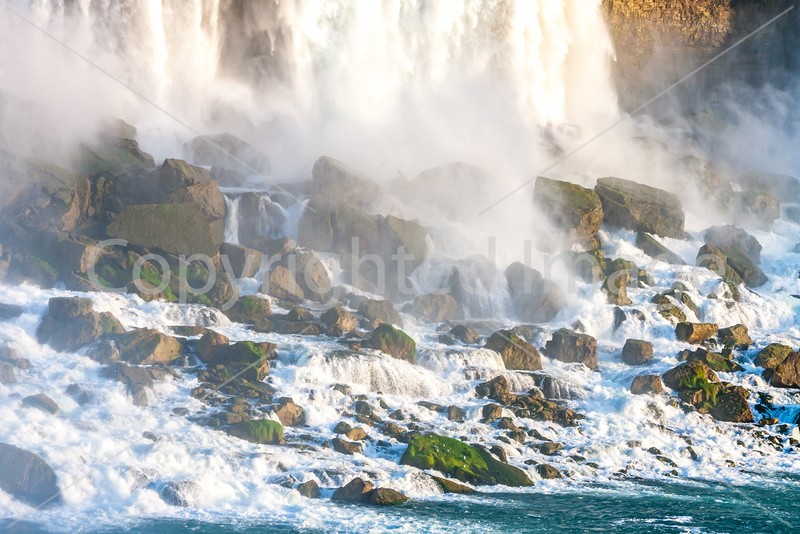 Niagara Falls, viewed from Canadian side-0346 - 72 ppi