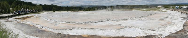 Giant Geyser<br /> Yellowstone