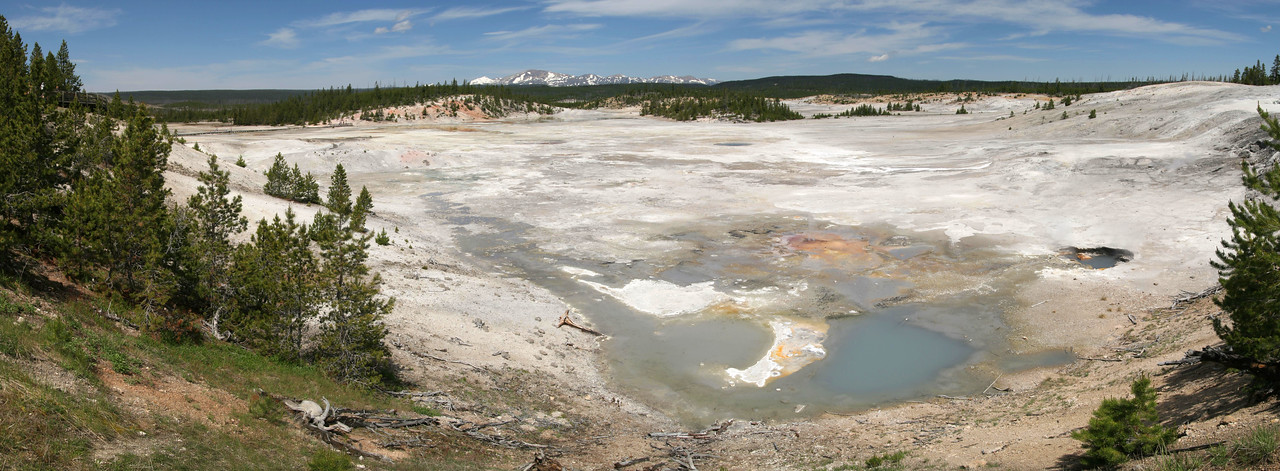 Biscuit Basin<br /> Norris - Yellowstone