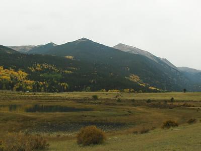 10-04-2008 - RMNP; more fall colors at Sheeps Lake