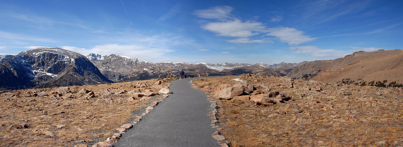 Path to the observation deck on Trail Ridge Road