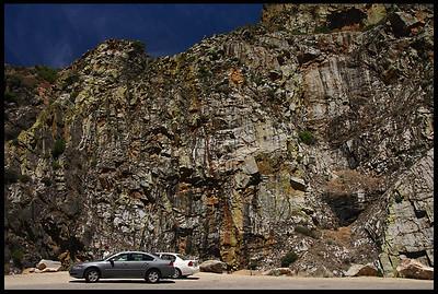 Granite walls at Horseshoe Bend Overlook