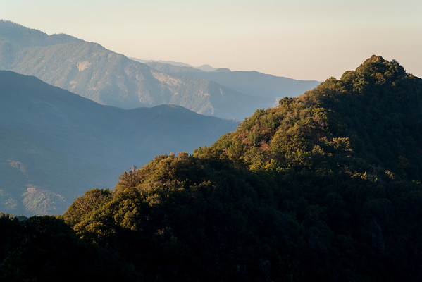 Hazy Morning View at Sequoia National Park