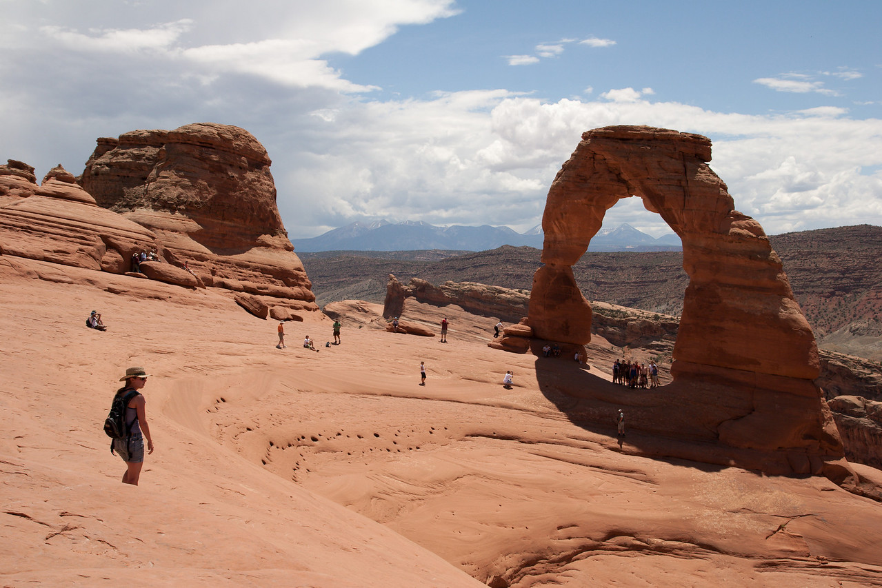 Rush hour at Delicate Arch