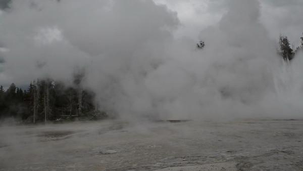 Grand Geyser, the tallest known predictable geyser