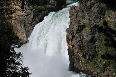 Upper Falls with tiny people at the top right hand side