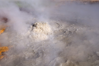 Churning Geyser closeup