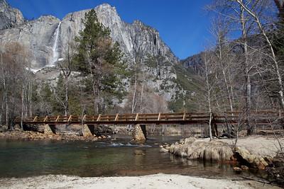 YOS-130225-0001 Merced River and Upper Yosemite Falls