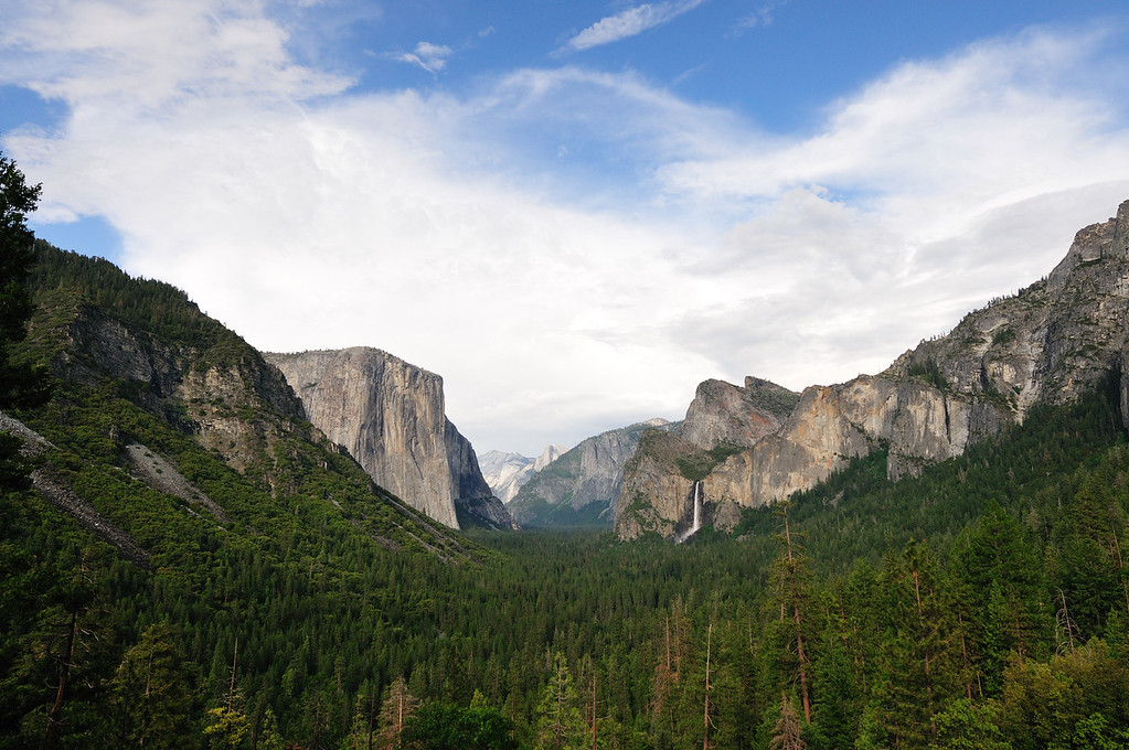Yosemite Valley from the Tunnel View vantage point
