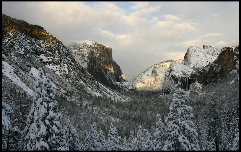 Yosemite Valley from Tunnel View, Winter Sunset